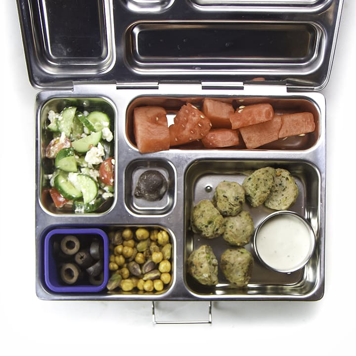A healthy and homemade school lunch for kids.