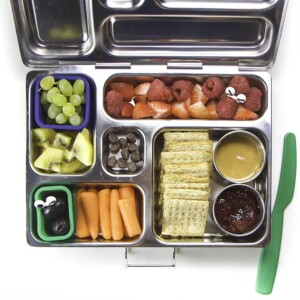 Colorful and healthy, this school lunch features healthy foods for kids.