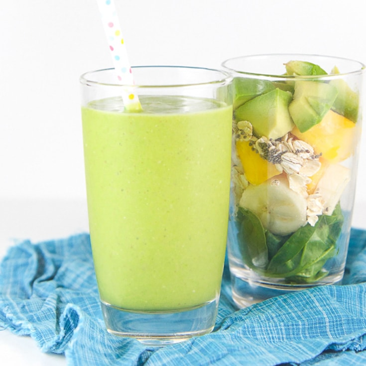 green smoothie for toddler is a healthy breakfast idea.