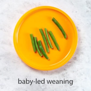 steamed green beans are a great option for baby led weaning.