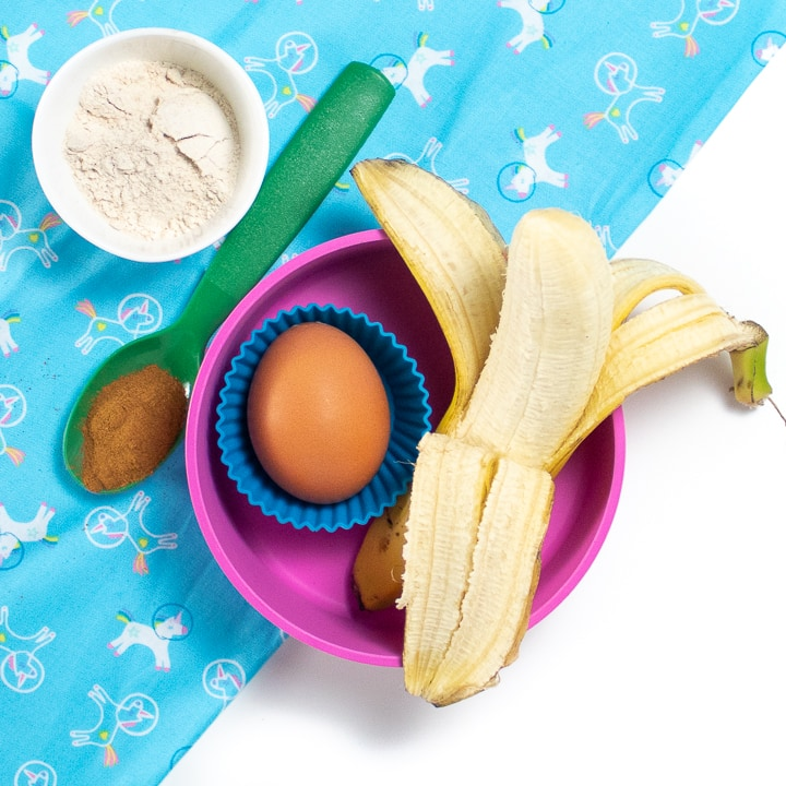 Ingredients for banana pancakes for baby.
